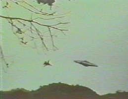 UFO perseguido por um caça norte-americano em Porto Rico