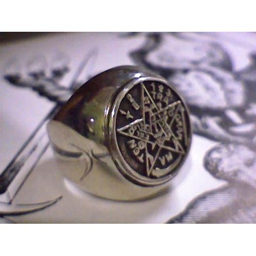 anel-tetragrammaton-bombee-prata-500x500