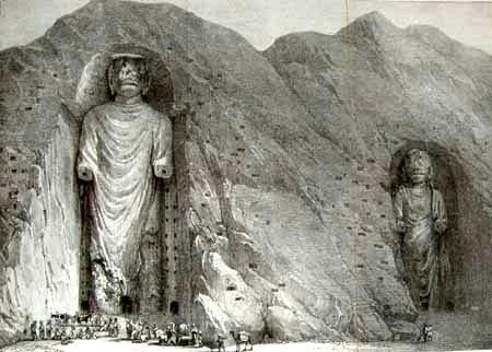 Estátuas da região afegã de Bamiyan, antes de serem dinamitadas por fanáticos